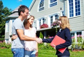 Selling with a Real Estate Representative