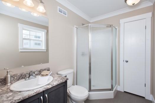 Bathrooms-04Resized