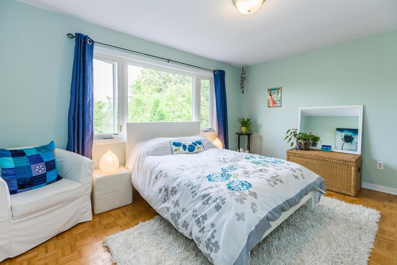 195-Primrose-Ave-Ottawa-ON-K1R-large-020-2-Bedroom-2-1500x1000-72dpi