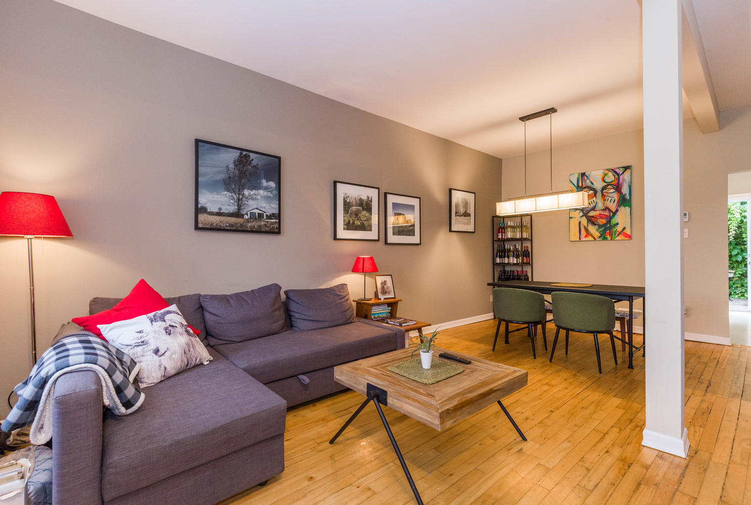 32-Barrette-St-Ottawa-ON-K1L-large-005-5-LivingDining-Room-1486x1000-72dpi