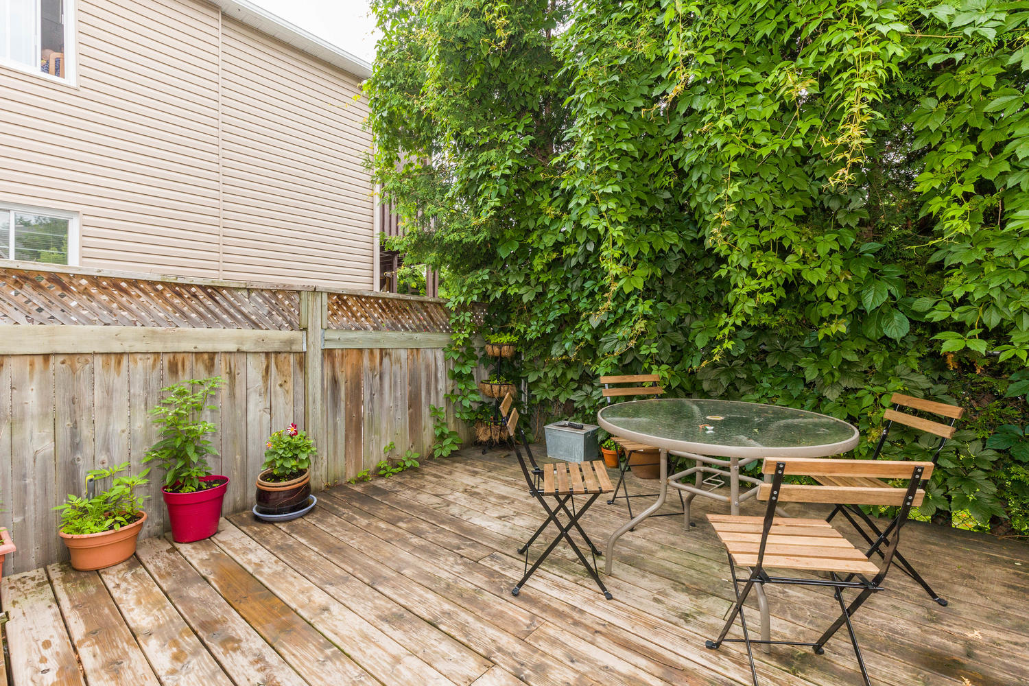 32-Barrette-St-Ottawa-ON-K1L-large-028-21-Deck-1500x1000-72dpi