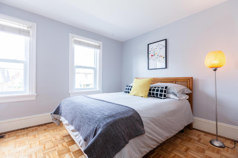 44-Laval-St-Ottawa-ON-K1L-7Z8-large-017-5-Master-Bedroom-1500x1000-72dpi