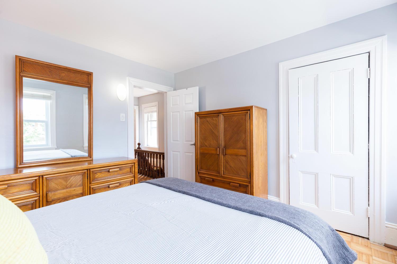 44-Laval-St-Ottawa-ON-K1L-7Z8-large-018-1-Master-Bedroom-1500x1000-72dpi