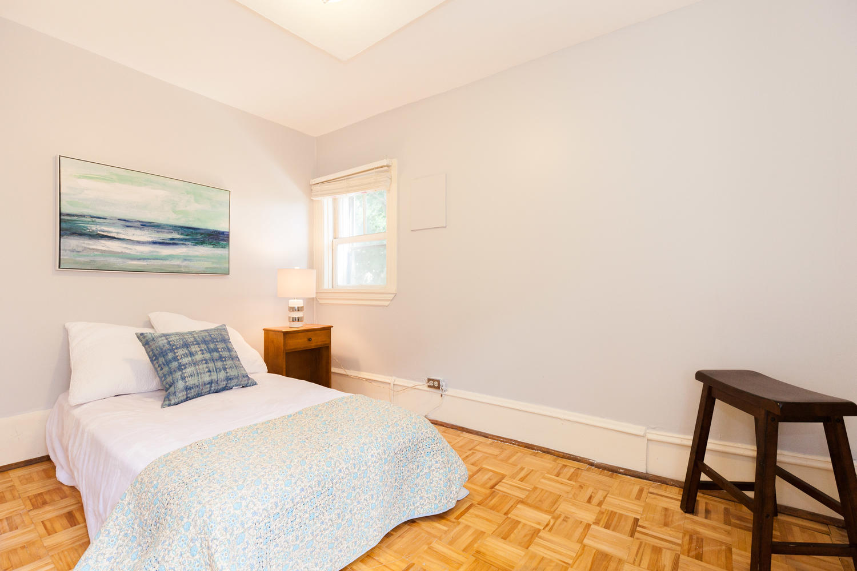 44-Laval-St-Ottawa-ON-K1L-7Z8-large-022-8-Bedroom-3-1500x1000-72dpi