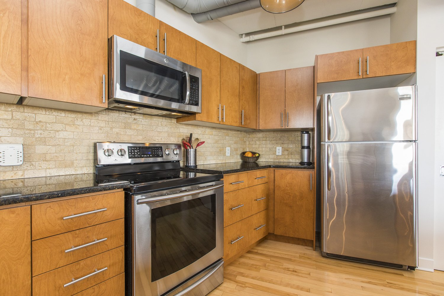 320-Parkdale-Ave-S-703-10