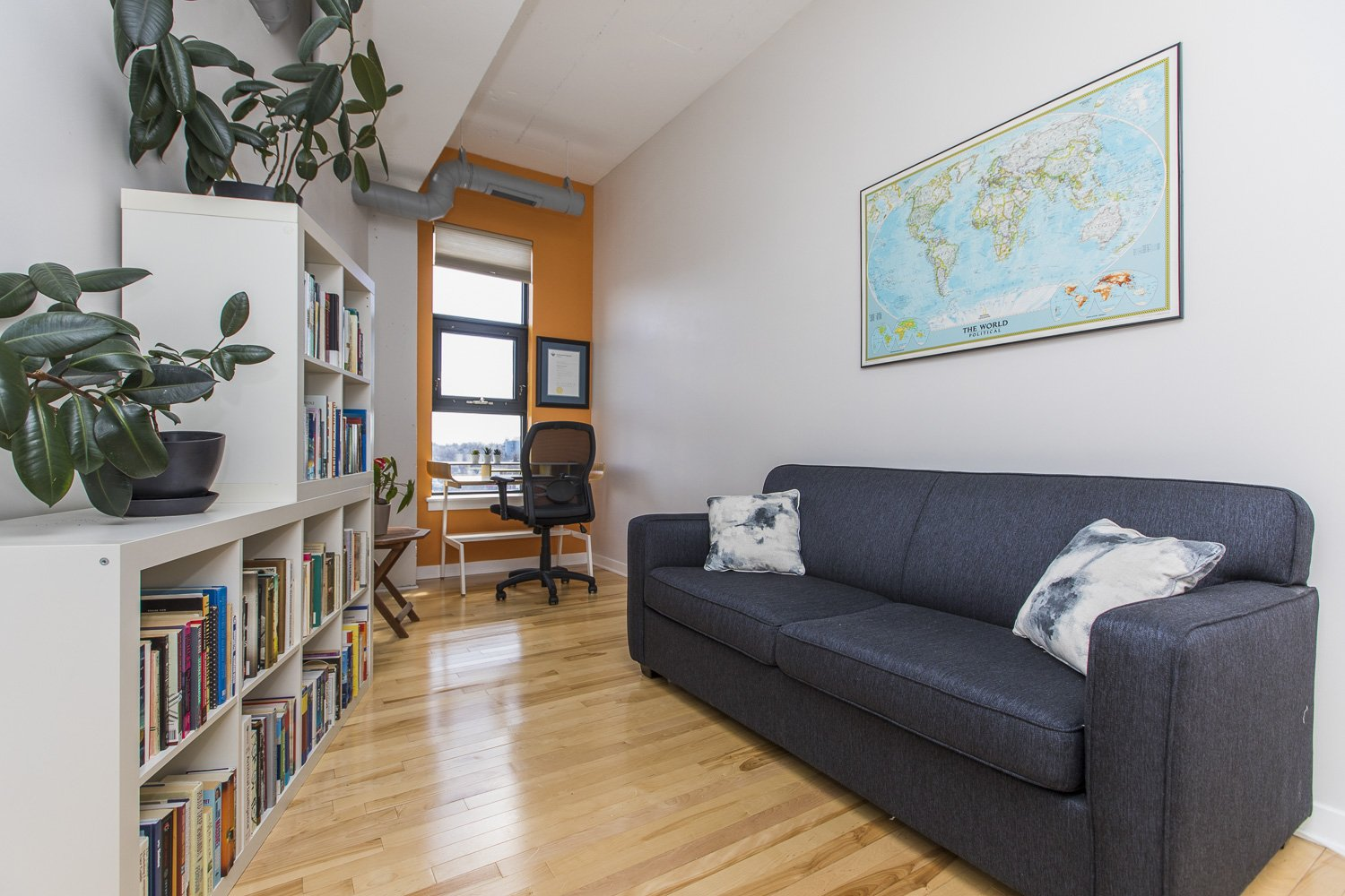 320-Parkdale-Ave-S-703-18