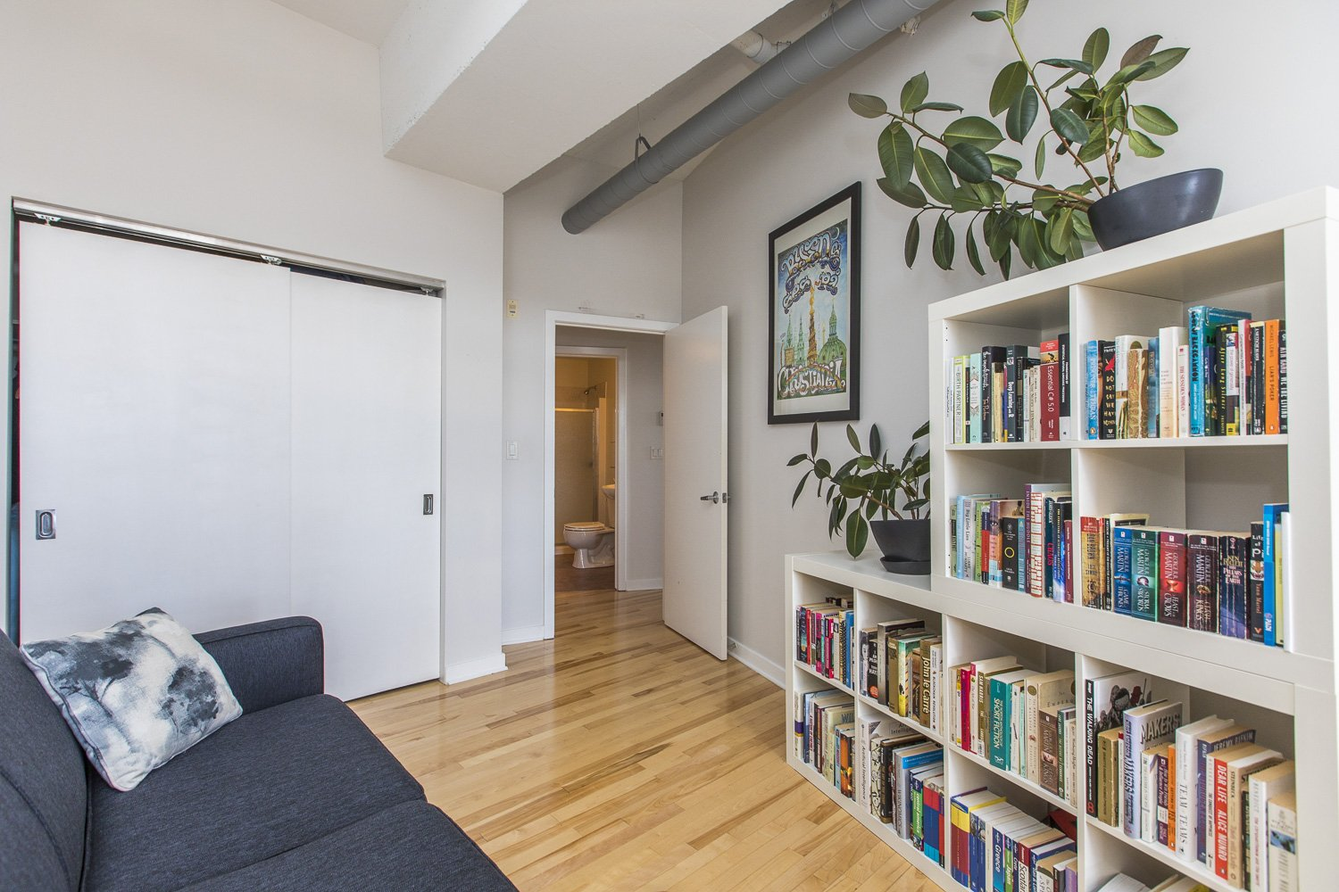 320-Parkdale-Ave-S-703-20