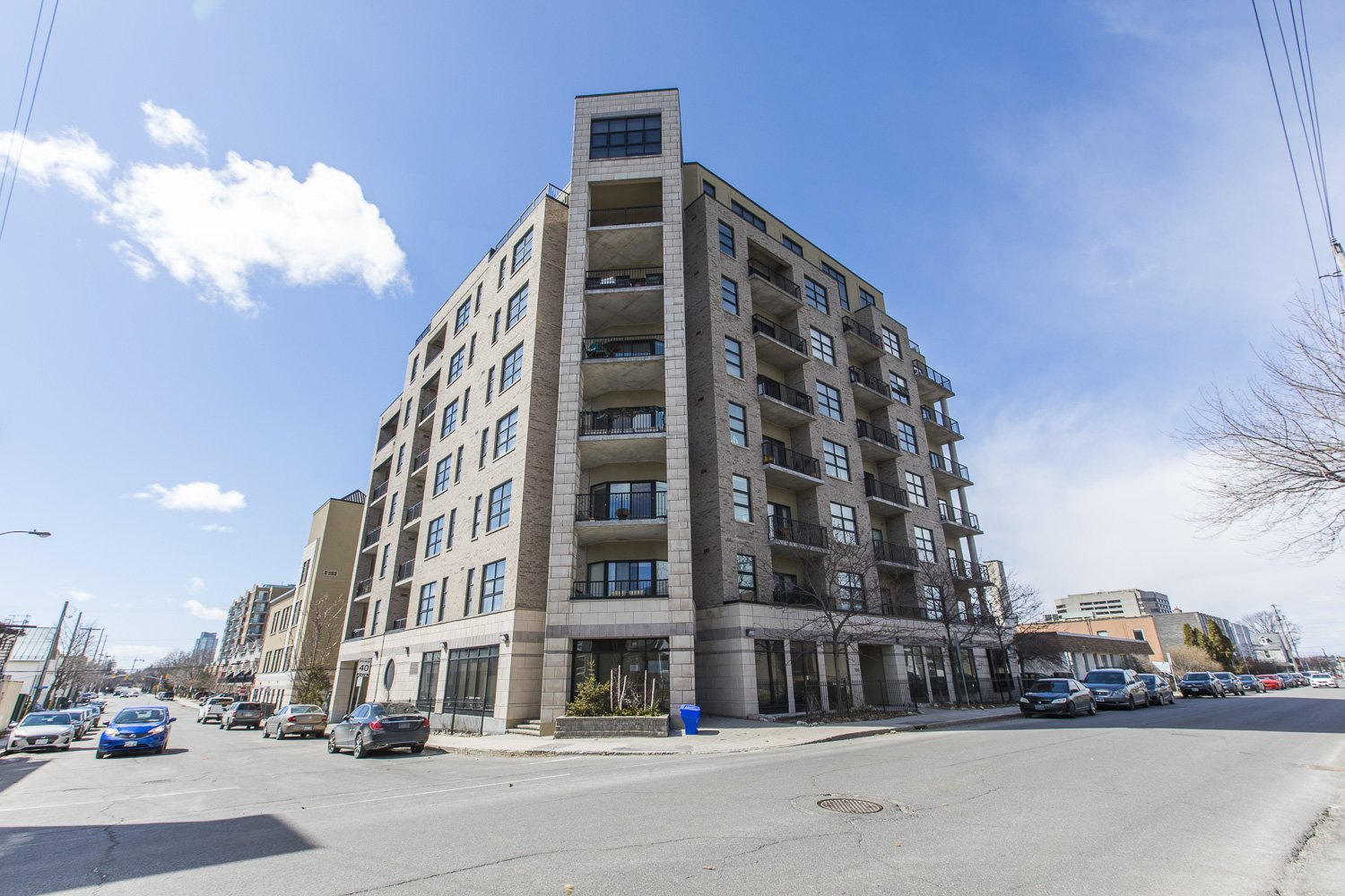 320-Parkdale-Ave-S-703-29
