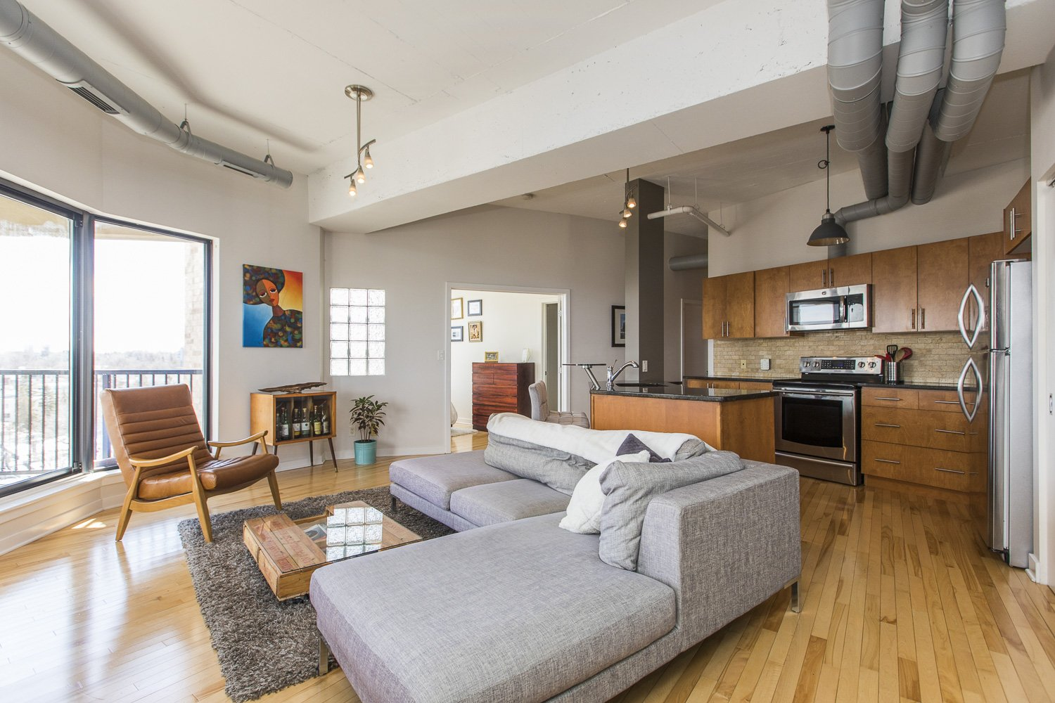 320-Parkdale-Ave-S-703-3