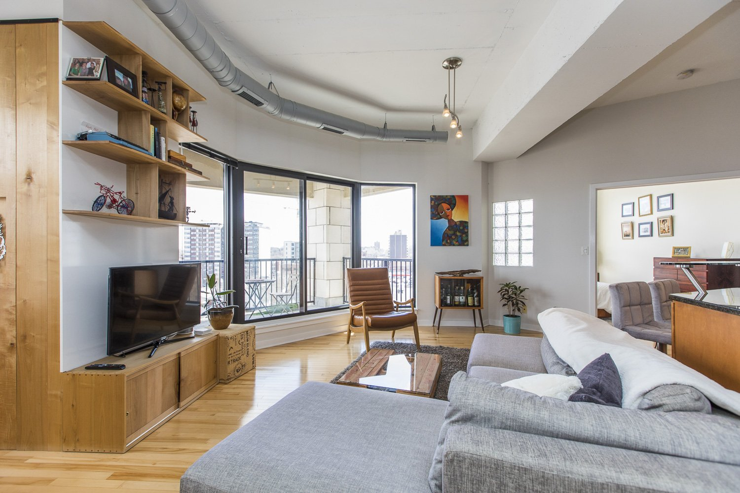 320-Parkdale-Ave-S-703-4