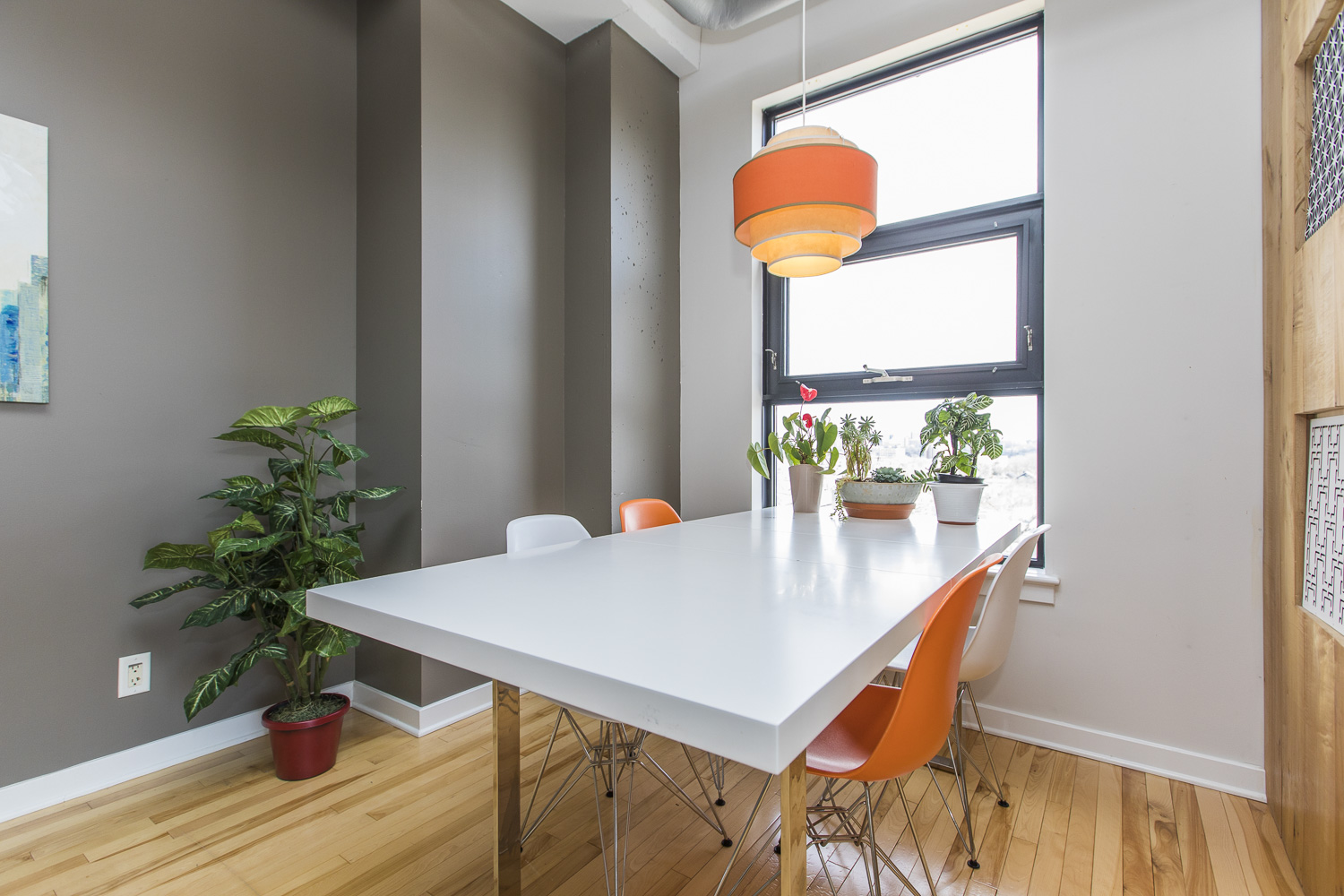 320-Parkdale-Ave-S-703-6