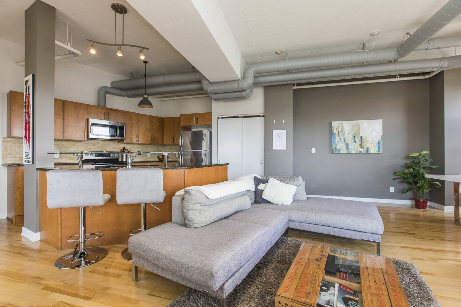 320-Parkdale-Ave-S-703-8